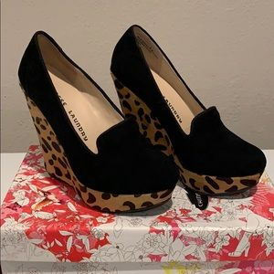 Chinese Laundry Suede Leopard Platform Shoes 5.5